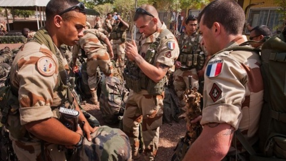 L'intervention militaire française au Mali soutenue par l'opinion
